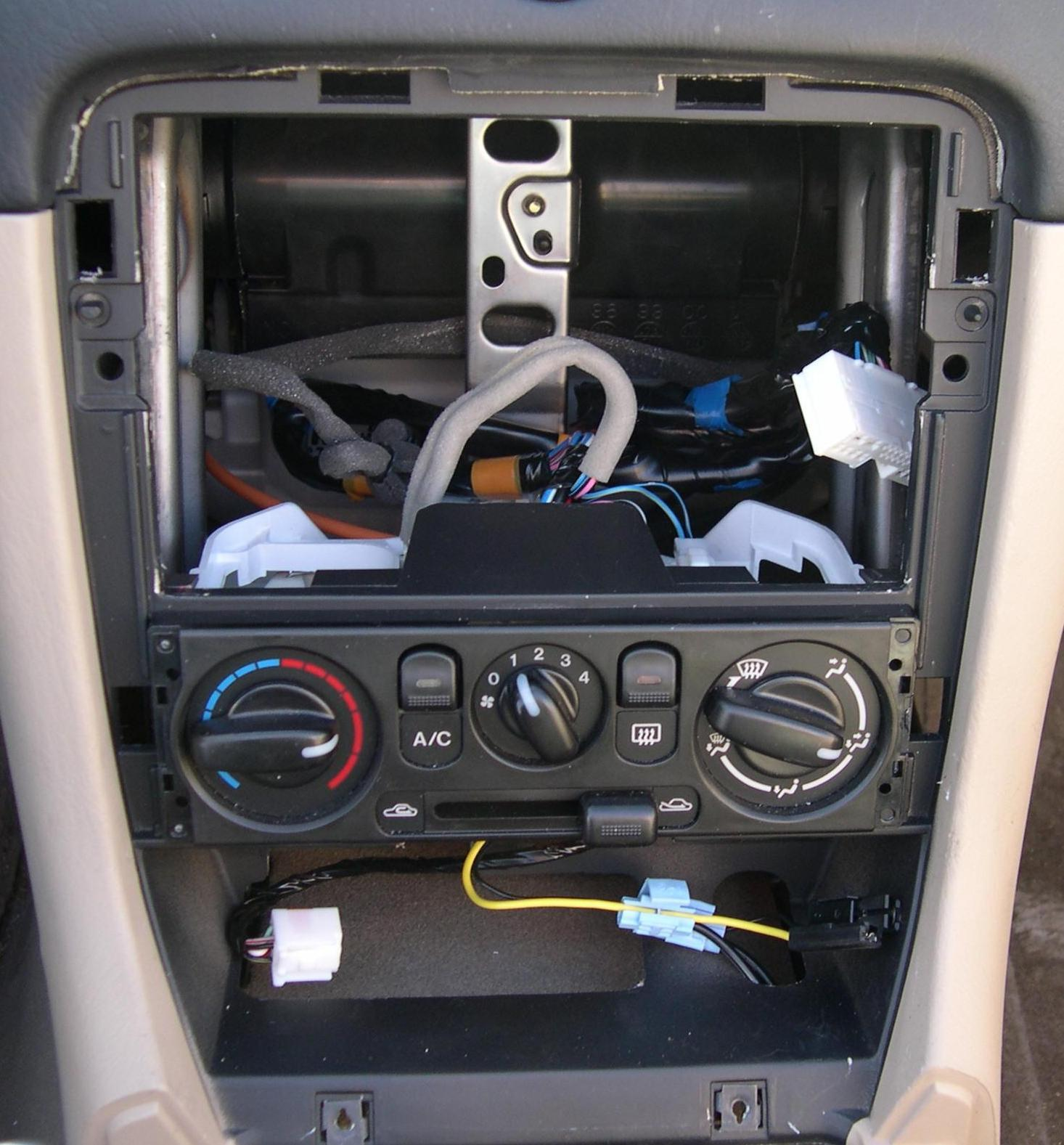 The Mazda Nb Oem Audio System Faq 2004 Chevy Silverado Stereo Speaker Wiring 2001 Radio Out Photo Stephen Foskett